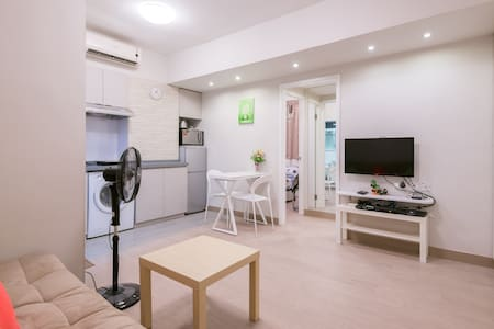 3 Bedrooms (HB3) in Wan Chai