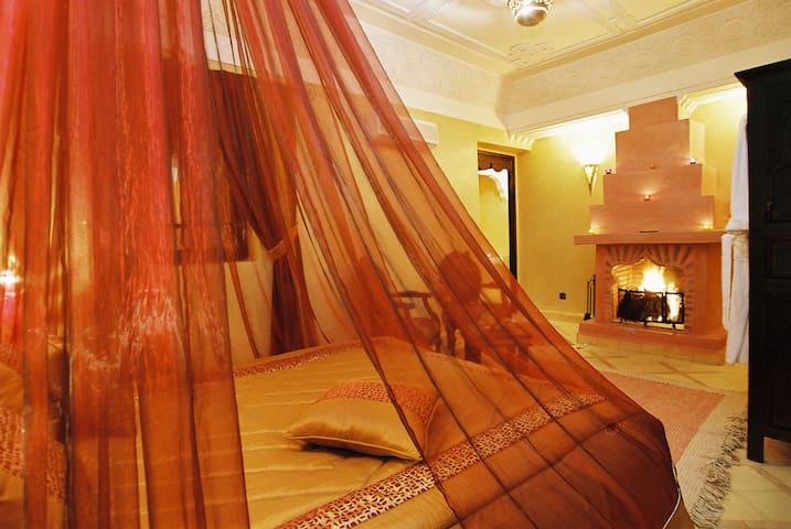 Suite au Riad Mille &Une nuits& Spa - Marrakech - Bed & Breakfast