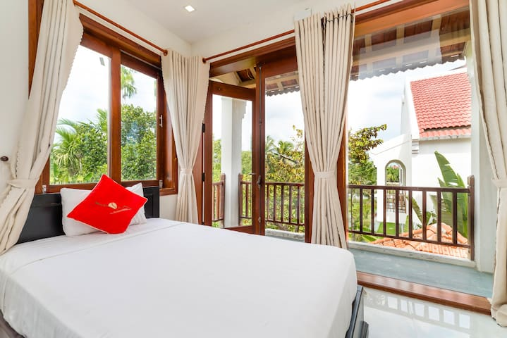 Luxury room at New Sunshine Homestay