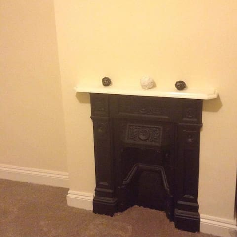 Double room with fireplace - Thornton Heath - Apartment