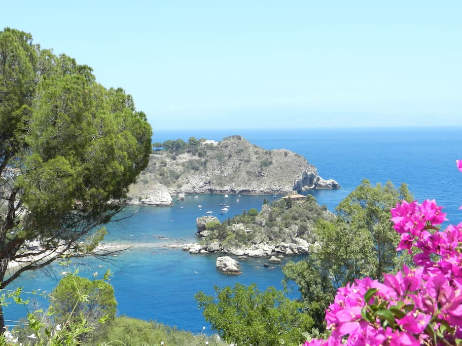 Isola Bella, Taormina, 10 minutes away by car