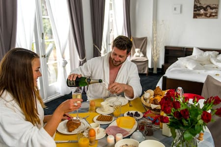 Luxurious wellness B&B - Eeklo - Inap sarapan