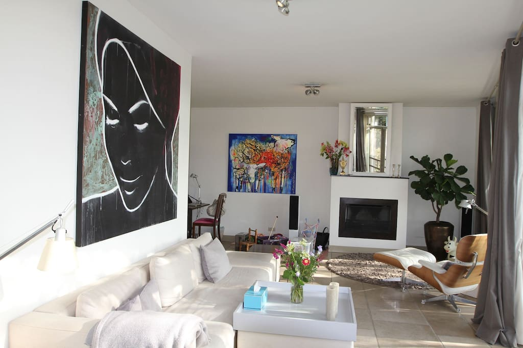 Living room with art & design