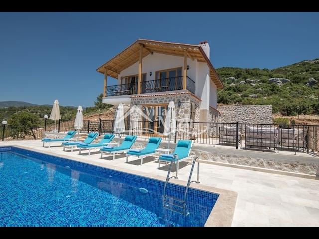 Villa  Nazlı / Sarıbelen