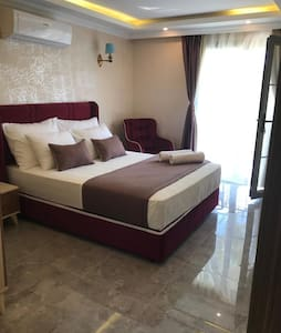 DOUBLE ROOM WITH BREAKFAST(MOUNTAIN VIEW)