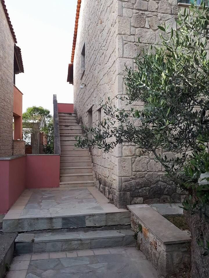 Σπίτι με απόλυτη ηρεμία δίπλα στο Ποσείδι