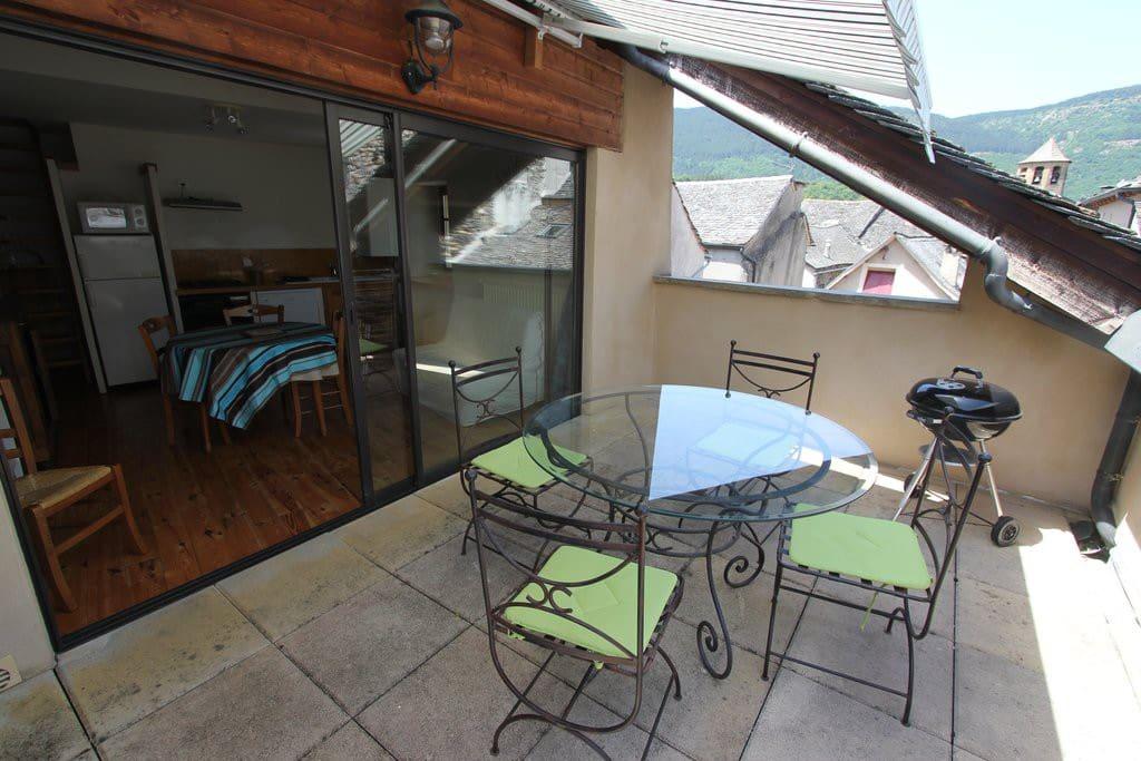 LA TABLE RONDE - la terrasse