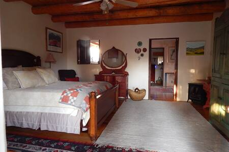 Beautiful One Bedroom Casita - Santa Fe - Maison