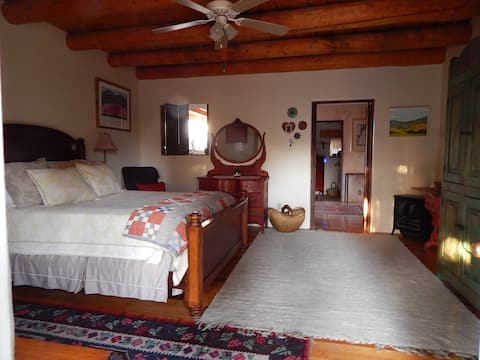 Beautiful One Bedroom Casita