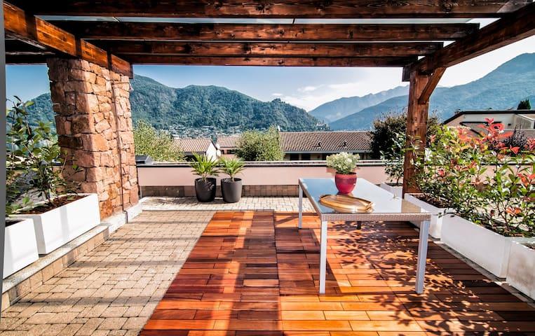 Holiday apartment on Lugano Lake  - Cuasso al Monte - Huoneisto