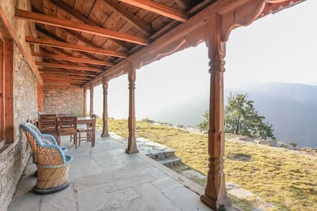 Koti Banal Cottage 2, The Goat Village, Nag Tibba