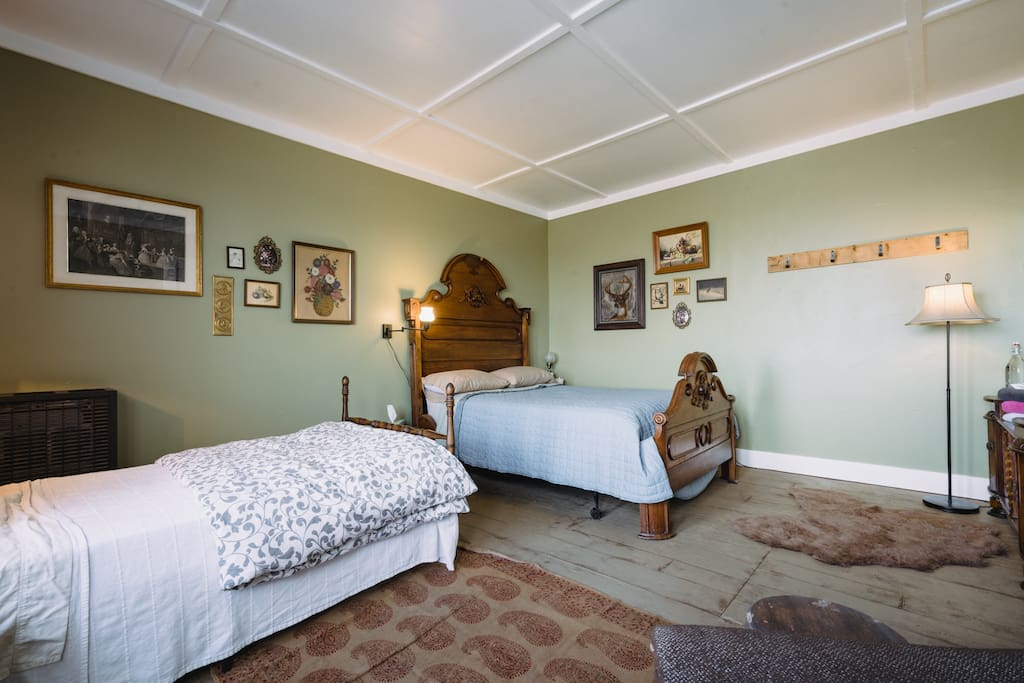 The Harte Room is part of an addition on the original house.  The space was originally designed and used as a clothing store that featured Levi's products in the 1970's and was converted to bedrooms and a lobby in the 1990's.