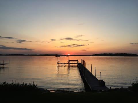 Lake Minnetonka Paradise - Entire Home