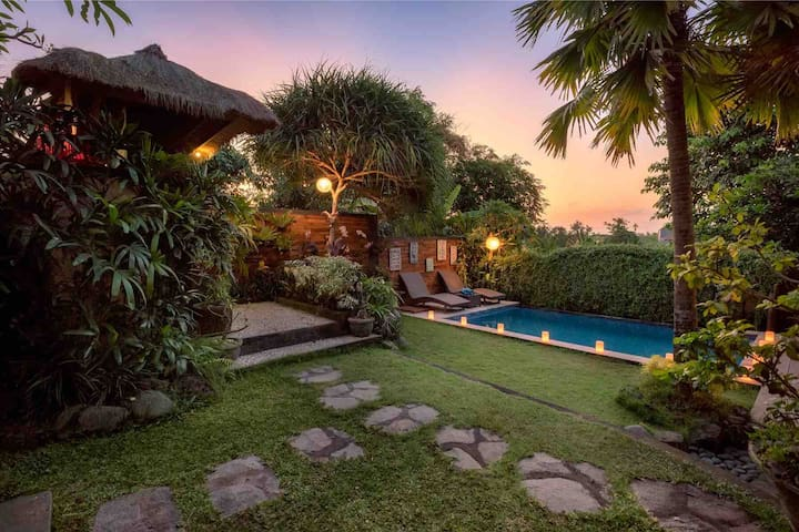 Sweet Romantic Escapes_1Br villa near Canggu Beach