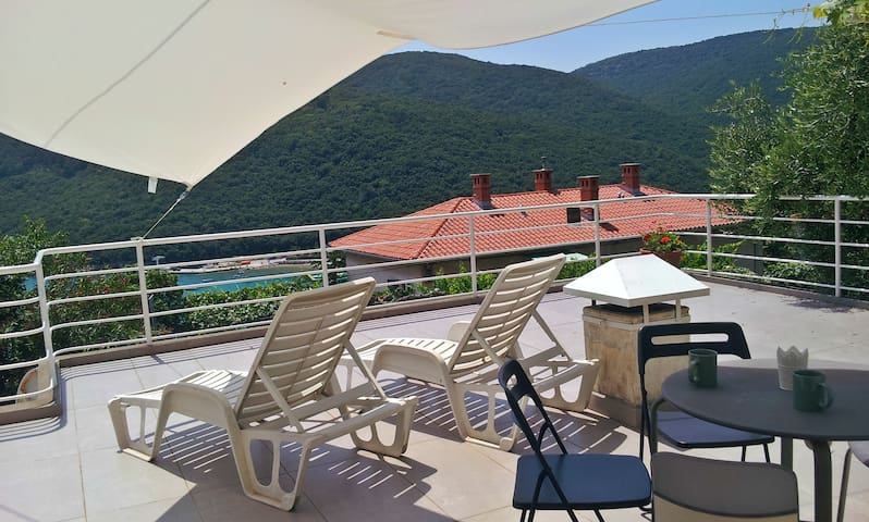 Comfortable 1B apartment - Rabac - Lakás