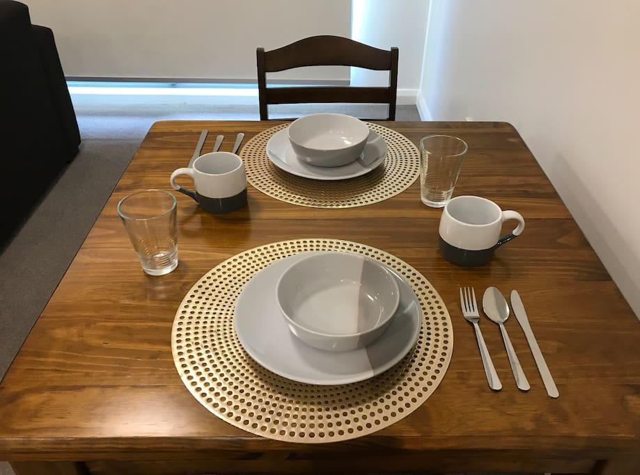 全实木餐桌,温馨二人套餐