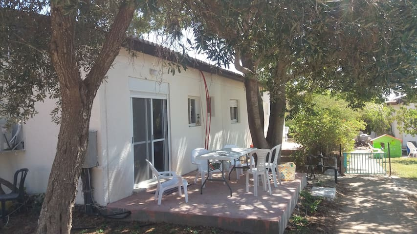 simple quiet place in the heart of galilee - Lotem - Apartemen
