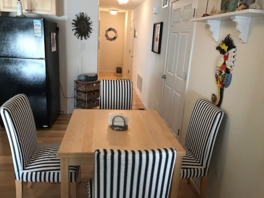 Enjoy a home cooked meal, or order out and enjoy the open dining area.  Table is expandable to 6 guests.