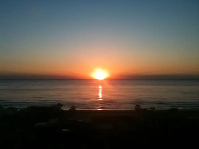 MAGIC MOUNTAIN RESORT OCEAN VIEWS NOBBY BEACH