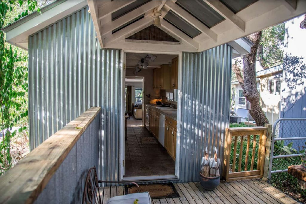 Front entrance to The Cabin - walk straight through to the back patio!