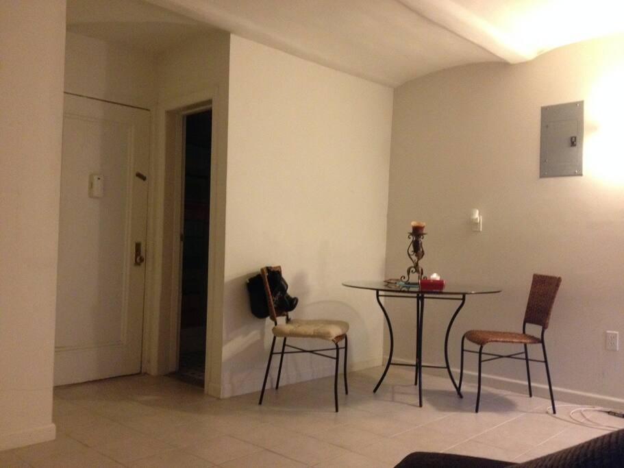Spacious cool room in east harlem appartamenti in for Affitto settimanale appartamento new york