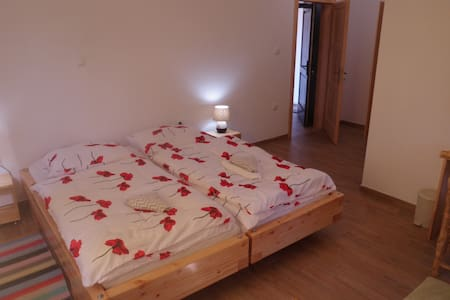House Maka Room for three 3 - Rudanovac - Hus