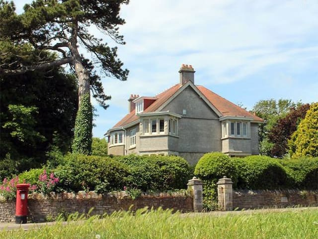 Charming seaside villa in Swanage - Swanage - Rumah