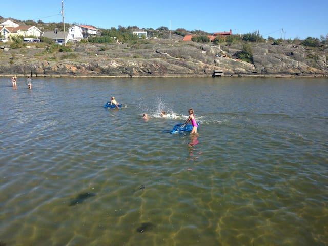 Summer Idyll in Hällsvik near sea - Göteborg - Ev