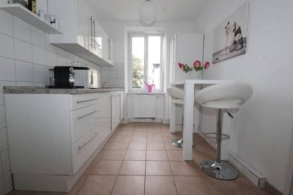 14 m2 zimmer 35 m2 wohnzimmer flats for rent in neu ulm bayern germany. Black Bedroom Furniture Sets. Home Design Ideas