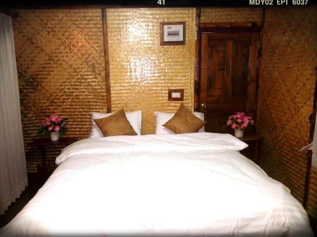 10 mins hotel from airport - Bangkok - Casa de camp