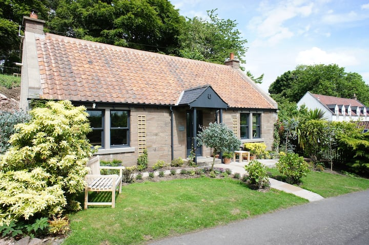 Mullaich Cottage, Lucklawhill, Nr St. Andrews
