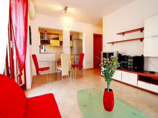 Apartment More / One bedroom / terrace
