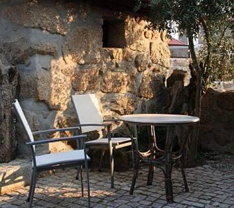 Gezellige kamer met zonnige patio