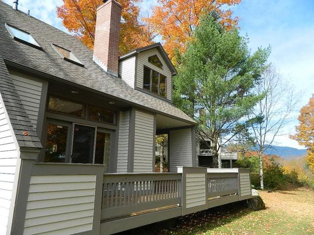 Mountain House at Covered Bridge, STOWE VT! - Stowe - House