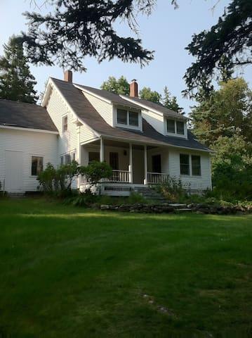 Farmhouse Coast of Maine J/J 2016 - Brooksville - Huis