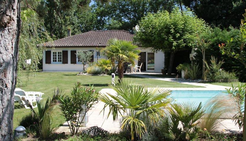 CHAMPAUBIER - Dordogne - Huis