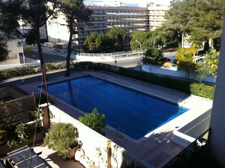 Apartamento en zona cap salo apartments for rent in salou - Habitacion en roma torrent ...