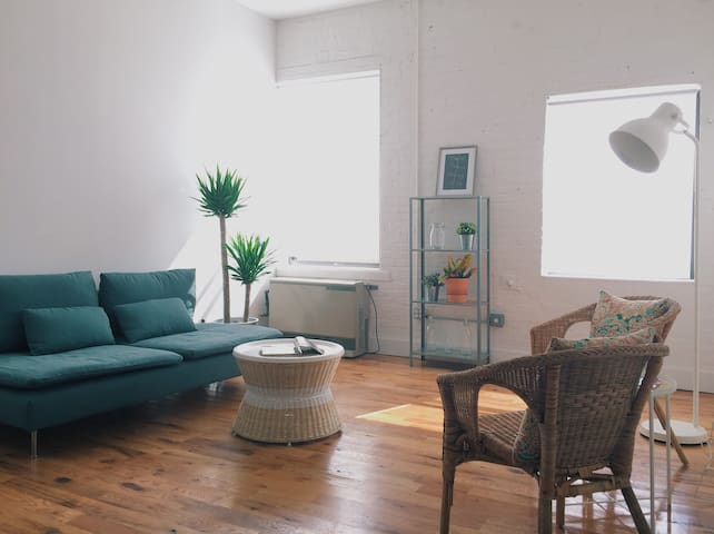 Lovely re-renovated sugar factory~ - Brooklyn - Apartment