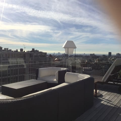 Brand new penthouse with amazing city views - Barcellona