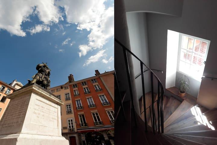 N° 7, the 4th floor - N° 7  au 4ème étage