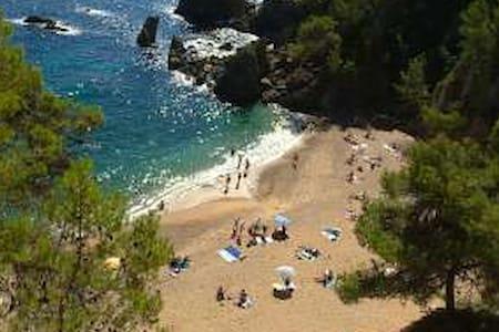 3 mn à pied de la plage del GOLFET - Calella de Palafrugell