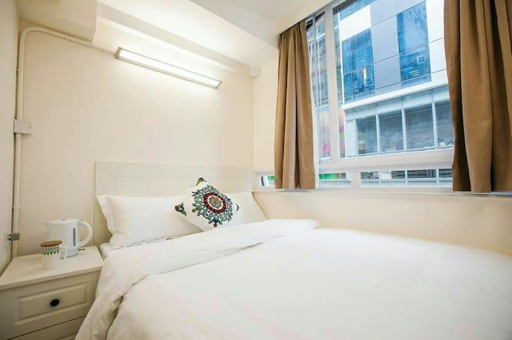 Fortune Inn Deluxe Room 7 豪華大床房