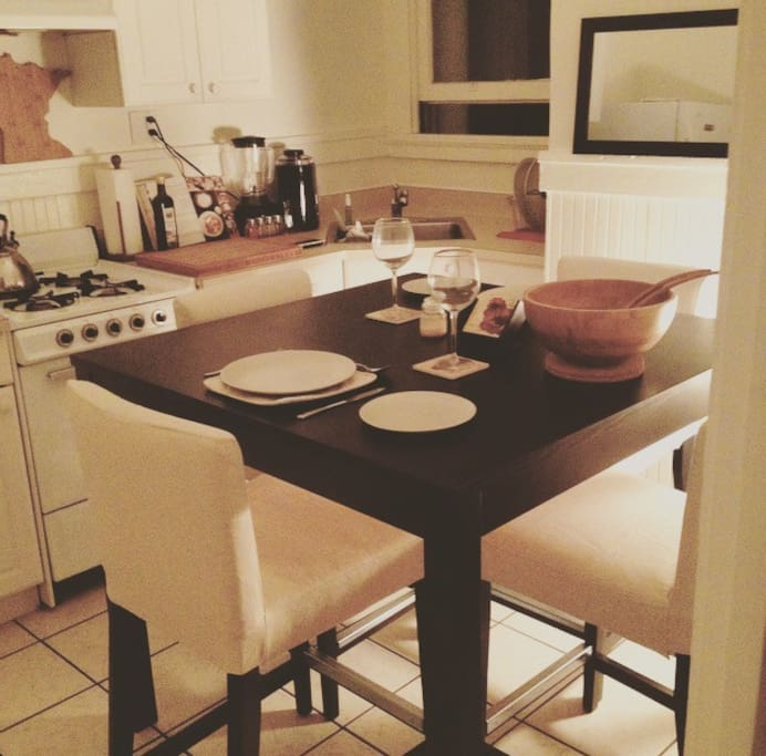 Kitchen with all new furniture and appliances. Full cooking is an option for you.
