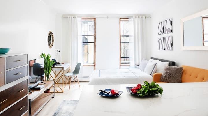 New Luxury STUDIO Upper East Side ~W&D in unit~