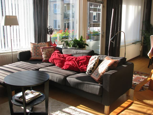 Flat in trendy fashion district