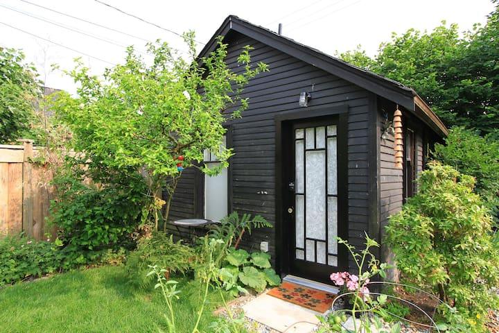 New Kitsilano Garden Studio - Vancouver - Cabaña