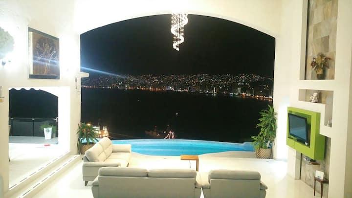 Casa EXTRAORDINARIA vista mar/alberca c/calefacció