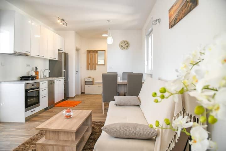 Apartments Boomerang-Two Bedroom Apartment  A1