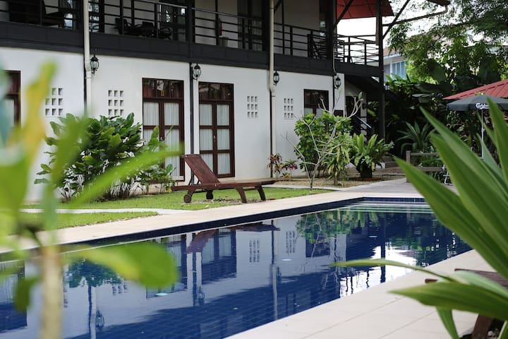 basaga holiday residences ( poolside )
