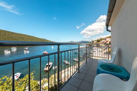 Apartment On The Coast Bigovo